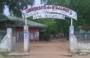 L'entrée principale de la faculté de droit et de gestion de l'université de N'Djamena.